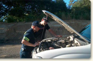 image of assisting a motorist