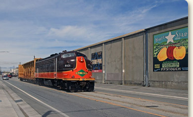 Iowa Pacific delivers construction materials in Watsonville